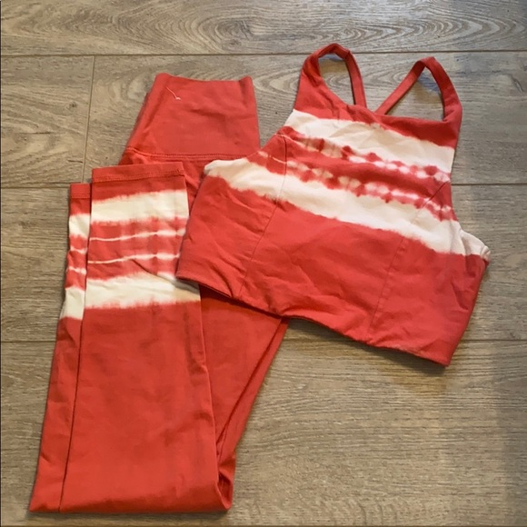 Aerie workout outfit